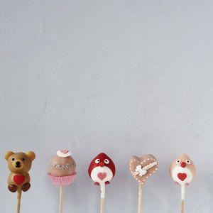 Das sind unsere Valentins Pops aus der Special Edition, der Preis beträgt EUR 3,90.- pro Stück!