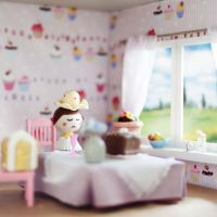 Mama im Puppenhaus